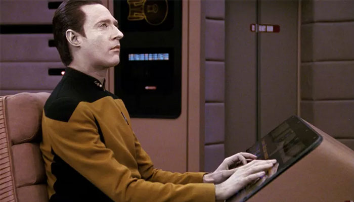 LGBTQ+ In Trek - The Data Of Me - Why Relating To Data Is Not That Weird